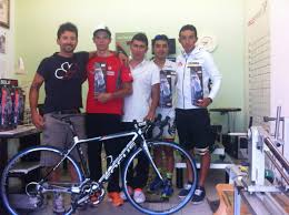 Nazionale Colombiana Under 23 Mondiale 2003 Ciclismo Firenze con il supporto biomeccanico di Giulio Galleschi